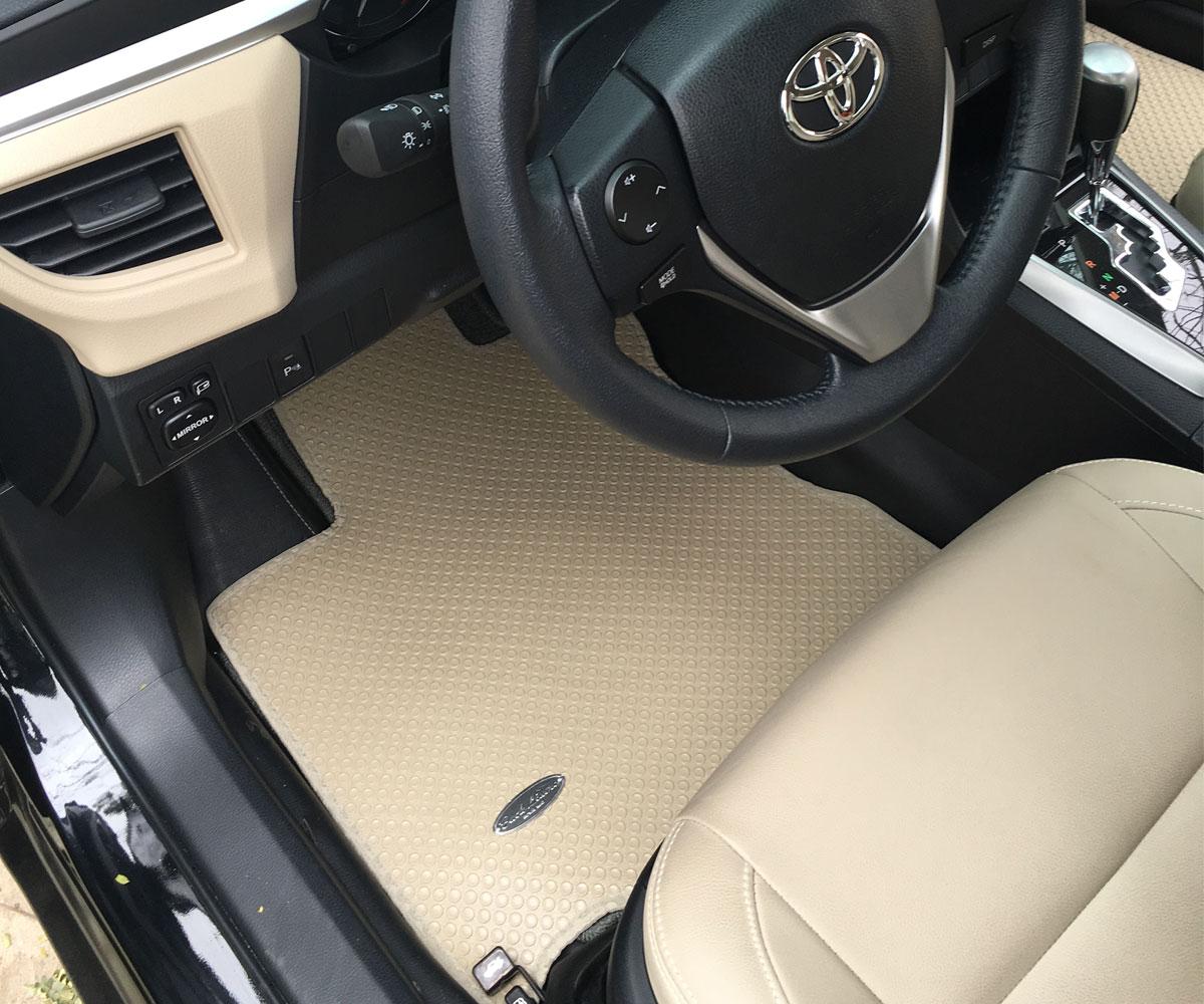 Thảm lót sàn ô to cao su xe Toyota