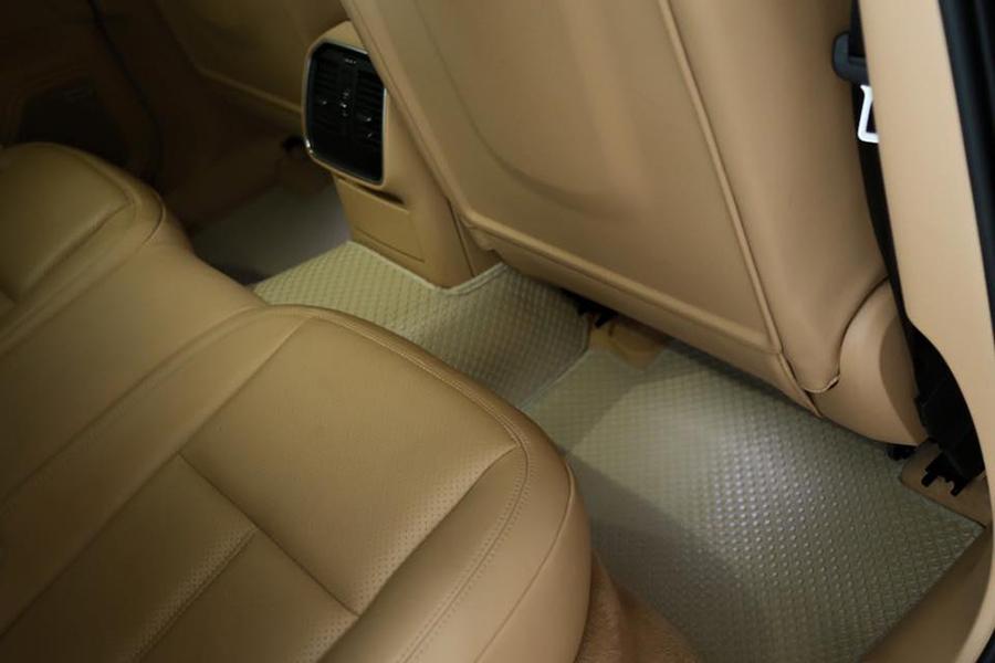 lót sàn ô tô
