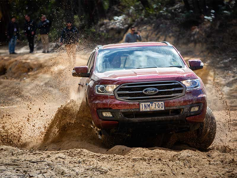 Ford Everest 2019 offroad cực tốt